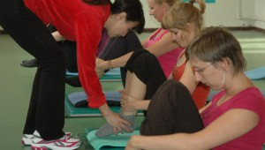 Pilates oefening op de Mat: rolling like a ball