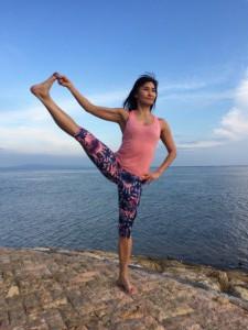 Yoga pose: hand to toe - Utthita Hasta Padangustasana