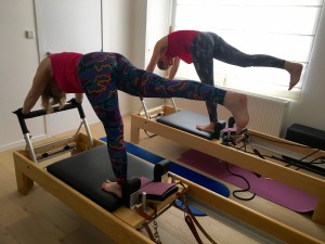 Pilates op Reformer: arabesque 2
