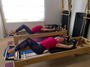 Pilates op Reformer: semi circle