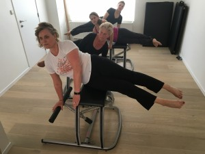 Pilates MVe Chair: side sit-up